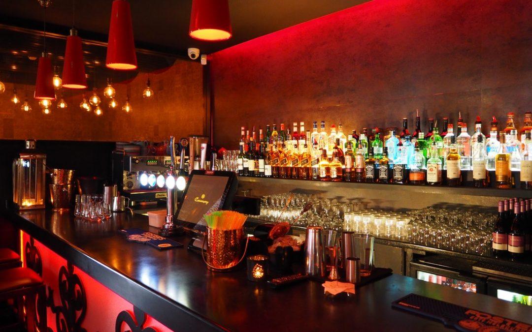 Le nuove tendenze nel bartendering e bar management: i locali cambiano veste