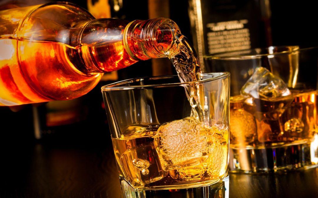 Breve guida al mondo del rum: un viaggio lungo diversi anni